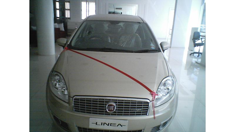 Linea Launched - Actual Photos of the Car