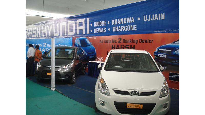 Live report from Indore Auto Show 2009