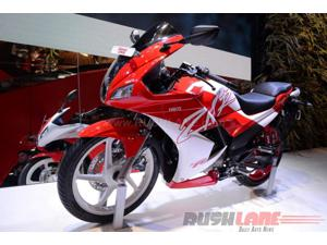 2016 Auto Expo: Hero Karizma R and ZMR showcased in new dual-color options