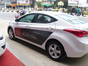 Hyundai Neo Fluidic Elantra