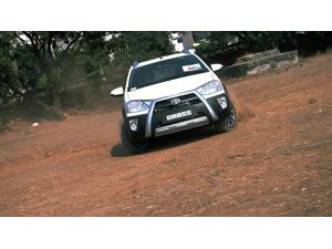 Toyota Etios Cross