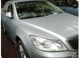 Brand New Show room condition and fully loaded car 2010 - Skoda Laura