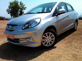 Honda Amaze Petrol image 2