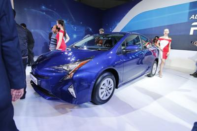 2016 Auto Expo: New Toyota Prius makes its Indian debut