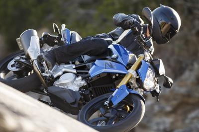 BMW G310R bookings open, likely to be priced around Rs 4.12 lakh