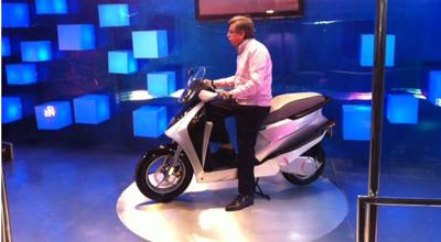 Hero MotoCorp uncovers its first hybrid scooter LEAP