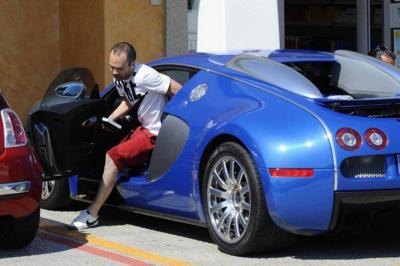 Andres Iniesta in his car