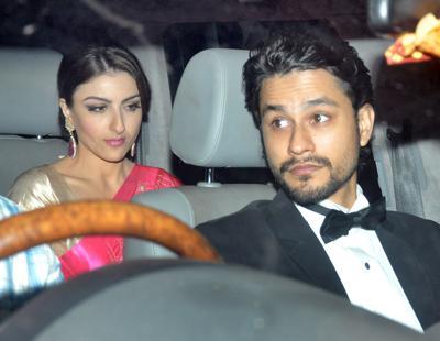 Kunal khemu in his car