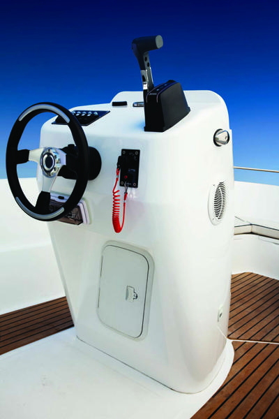 Mahindra Boat 3