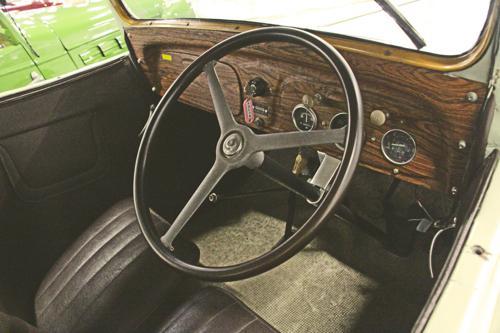 Datsun 15 Phaeton Drophead Coupe 1