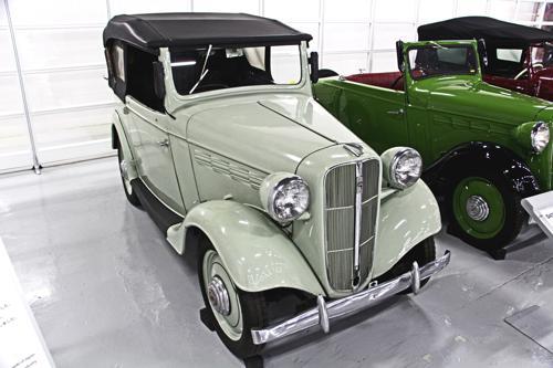 Datsun 15 Phaeton Drophead Coupe 4