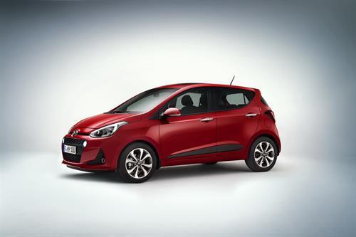 Hyundai i10 international side