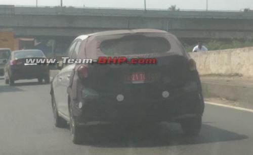 New-Hyundai-i20-facelift-rear-spied