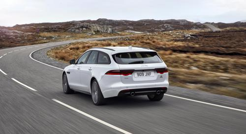 Jaguar reveals the XF Sportbrake in UK