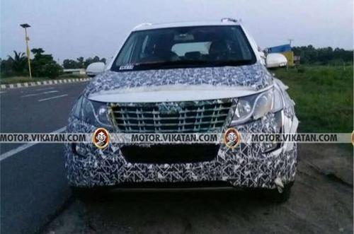 New-Mahindra-XUV500-front-spied