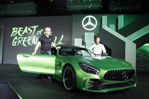 How the AMG GT R conquered the BIC
