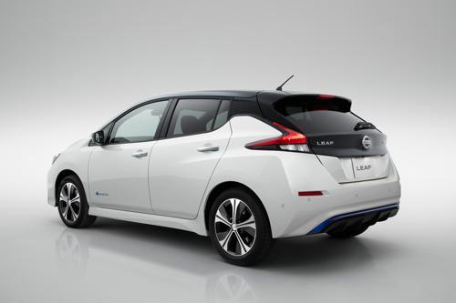 Nissan reveals the second generation Leaf EV