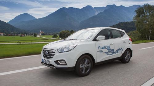 Hydrogen fuel celled vehicle