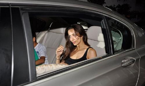 Malaika arora khan with her bmw 7 series car