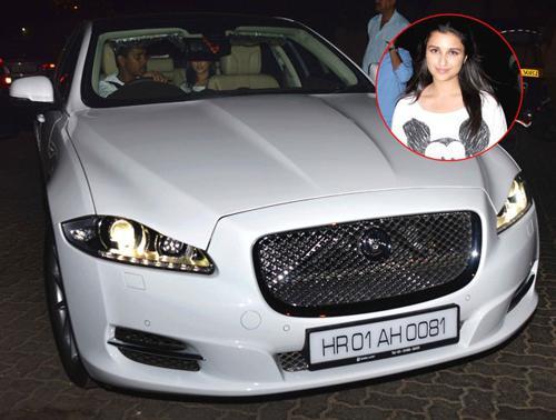Parineeta chopra and her car