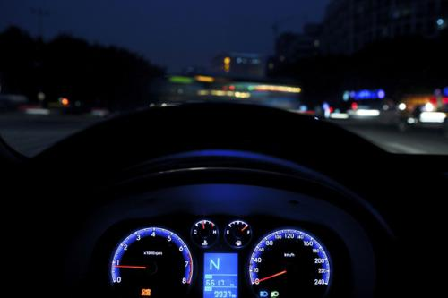 Tips for safe night driving on highways