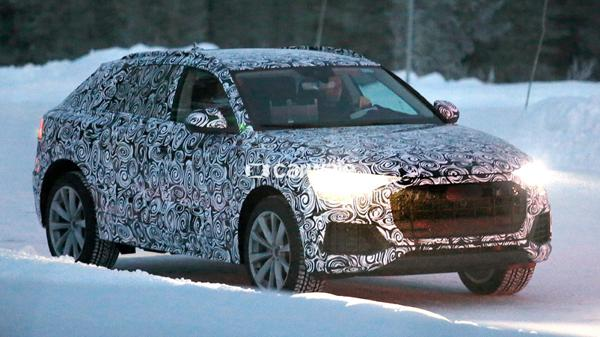 First images of the Audi Q8 in its real body
