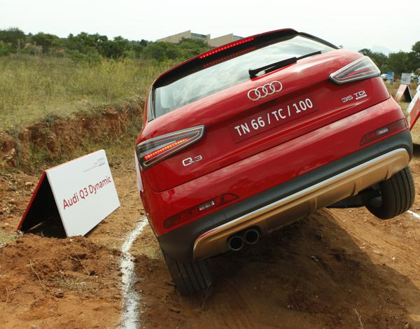 5 Audi Q3 Dynamic_Offroad