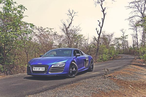 Audi R8 V10 Plus Review: A Superhero - CarTrade