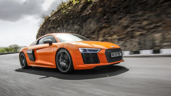 Audi R8 V10 plus Coupe review - CarTrade