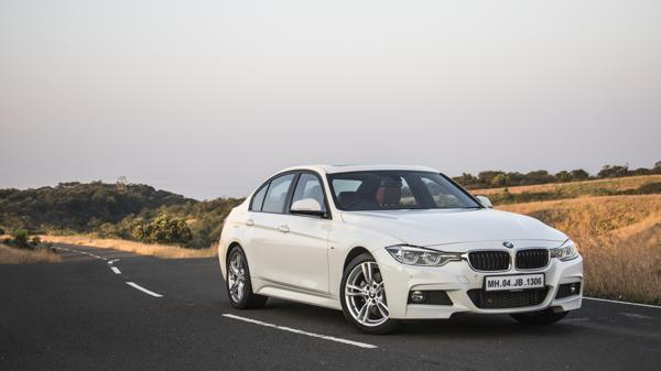 BMW 330i First Drive Review - CarTrade