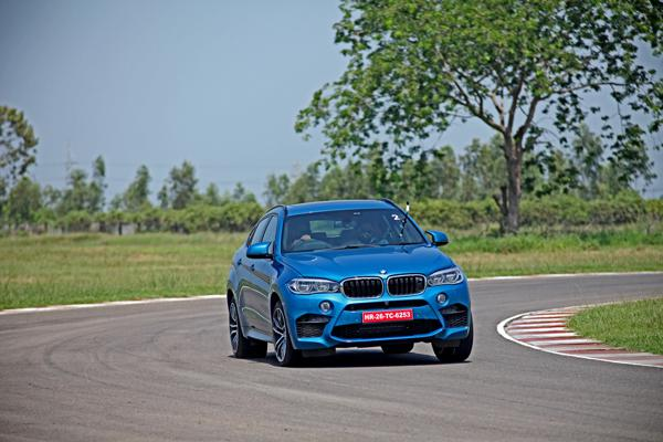 2015 BMW X6M Images 5
