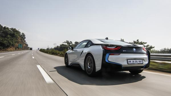 BMW i8 First Drive Review