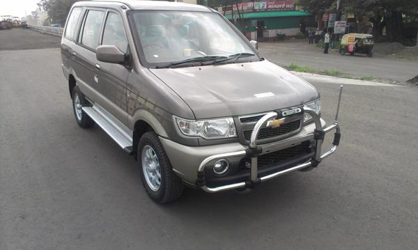Mahindra Bolero Diesel Mt Vs Chevrolet Tavera Diesel Mt