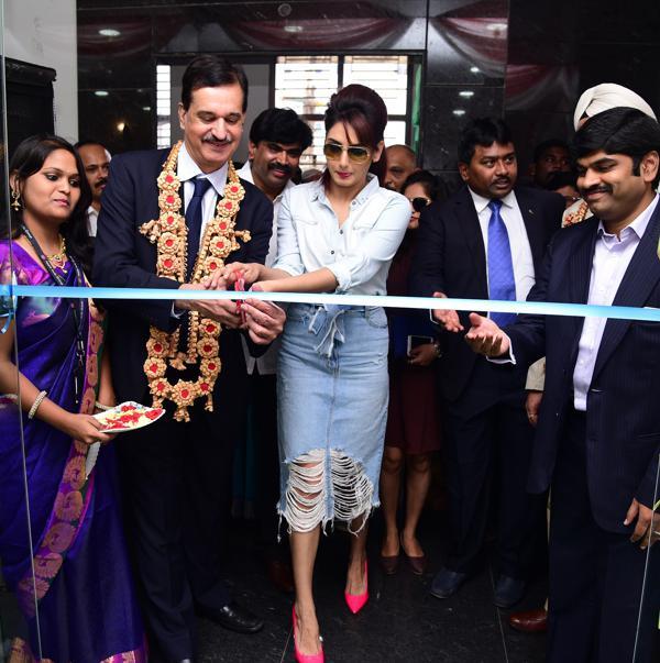 Nissan inaugurates a new dealership in Bengaluru 1