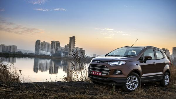 Ford Ecosport Review - CarTrade