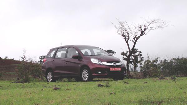 Honda Mobilio Images 21