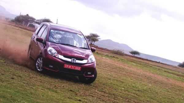 Honda Mobilio Images 1