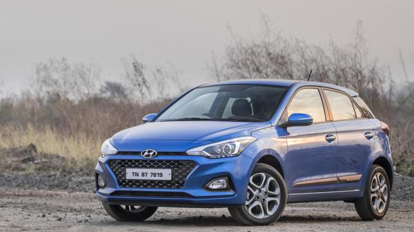 2018 Hyundai Elite i20 facelift First Drive Review - CarTrade