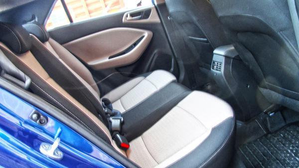 Hyundai Elite i20 Images 46