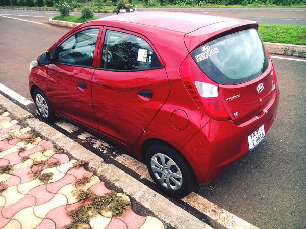 Hyundai EON 1L Images 19