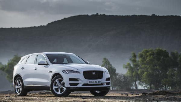 Jaguar F-Pace 2.0-Diesel First Drive Review - CarTrade