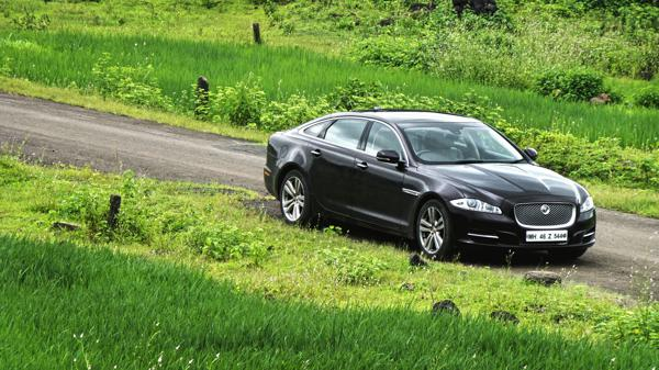 Jaguar XJ L Photos 25