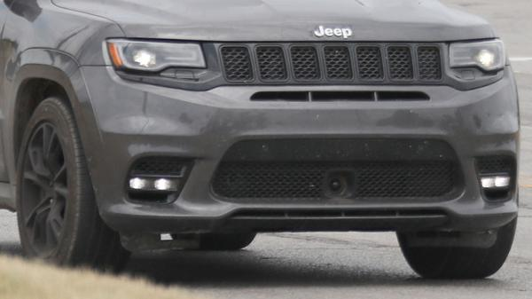 Jeep to reveal Grand Cherokee Trackhawk at the 2017 New York Auto Show