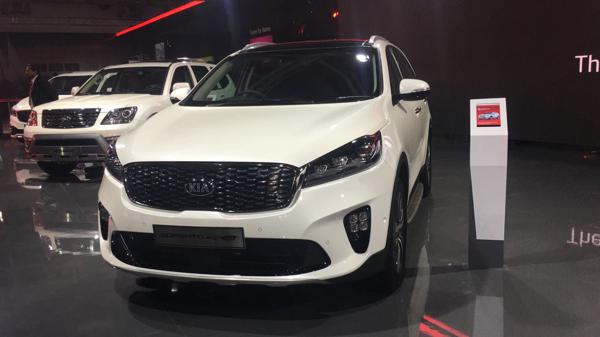 Kia says namste to India