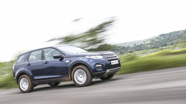 2017 Land Rover Discovery Sport HSE First Drive Review - CarTrade