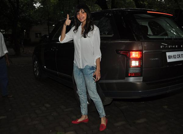 Anushka Sharma with her Range Rover Vogue