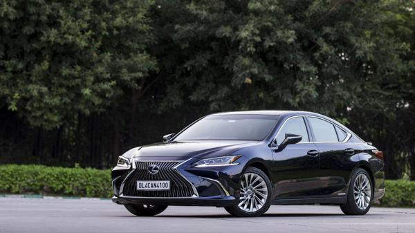 2018 Lexus ES300h First Drive Review