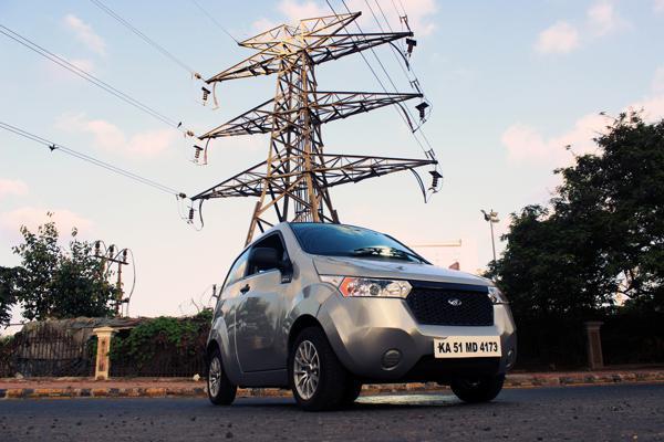 Mahindra Reva e2o Review: Into the Future - CarTrade