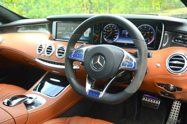 Mercedes Benz S63 AMG 2015