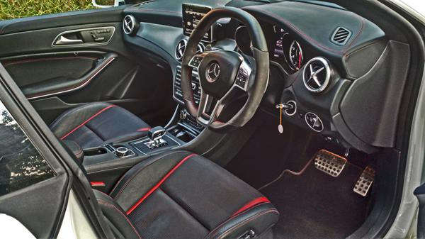 Mercedes Benz CLA45 Images 3